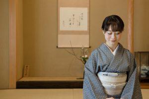 知らないと恥をかく?日本女性として覚えておきたい和食のマナー