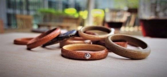 結婚指輪木製